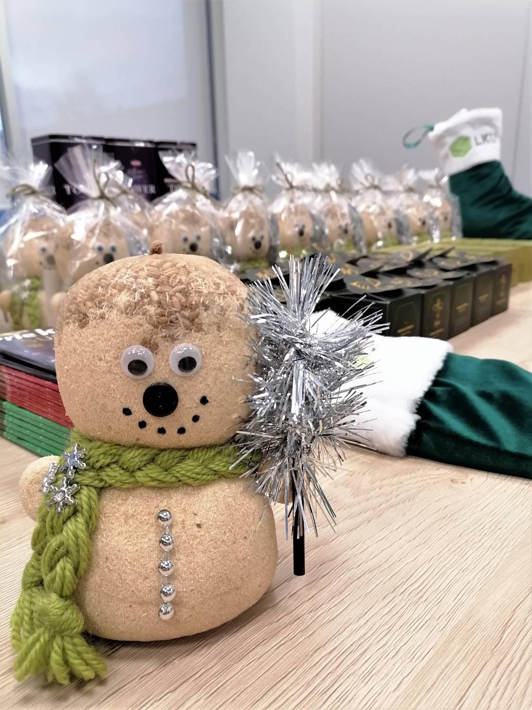 LKU-grupė-kredito-unija-kalėdinių-kojinių-iniciatyva
