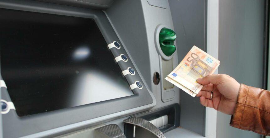 Medus-bankomatų-tinklas-LKU-kredito-unija