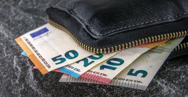 """LCKU įsigijo bankrutavusios kredito unijos """"Taupkasė"""" paskolų portfelį"""