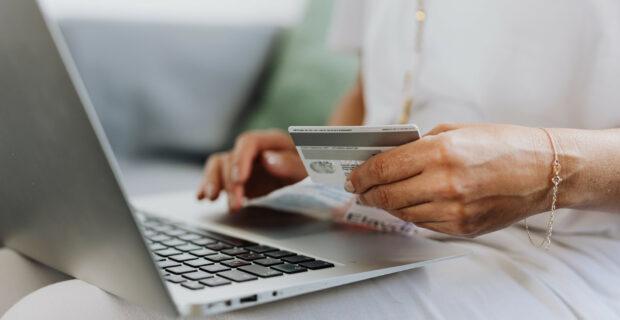 Stiprinant elektroninių mokėjimų saugumą įsigalios griežtesni reikalavimai